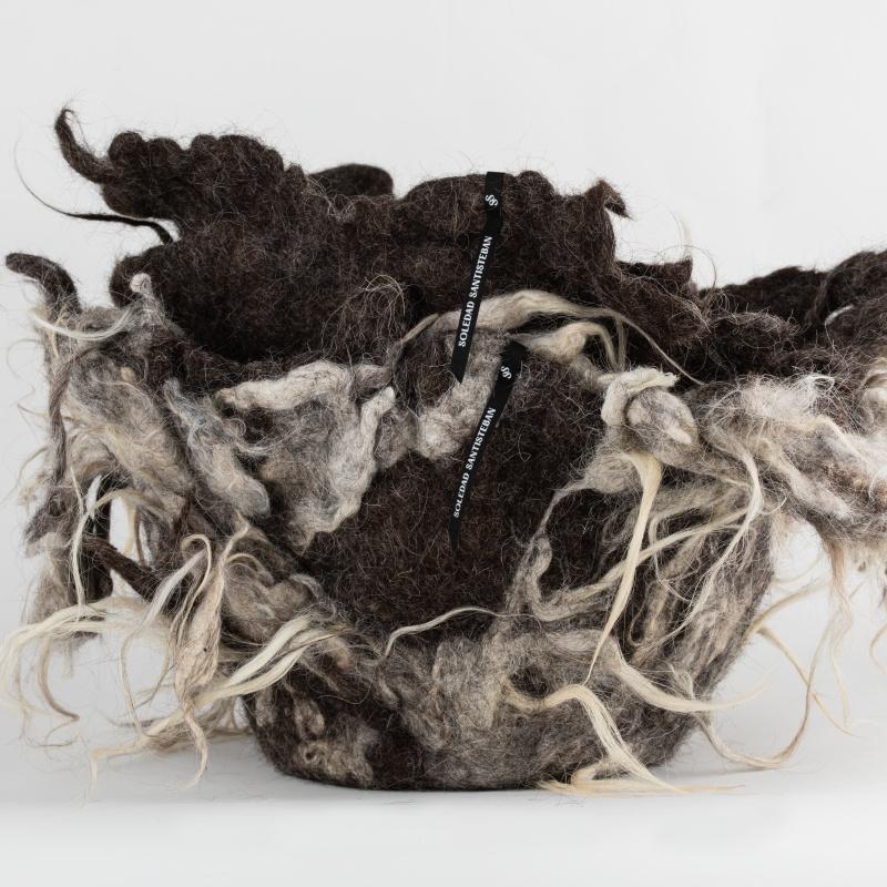Creación en lana de Soledad Santisteban